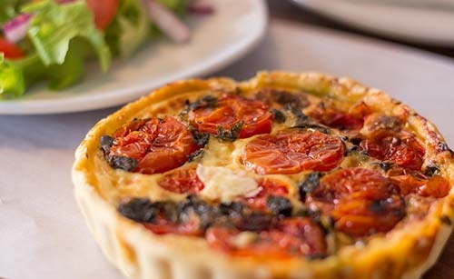 Tomato_and_Basil_Quiche
